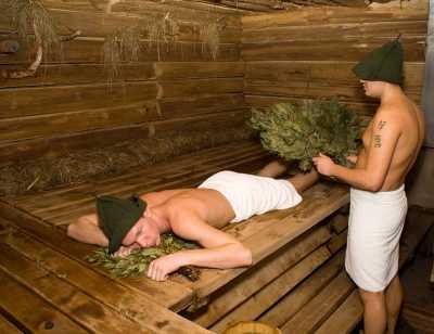 Русская баня с шишками