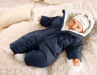 Красивый комбинезон для новорожденных