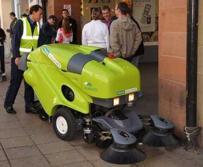 Профессиональное оборудование для уборки улиц tennant