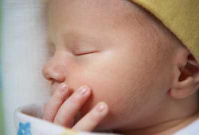 Уход за новорожденным в первые недели